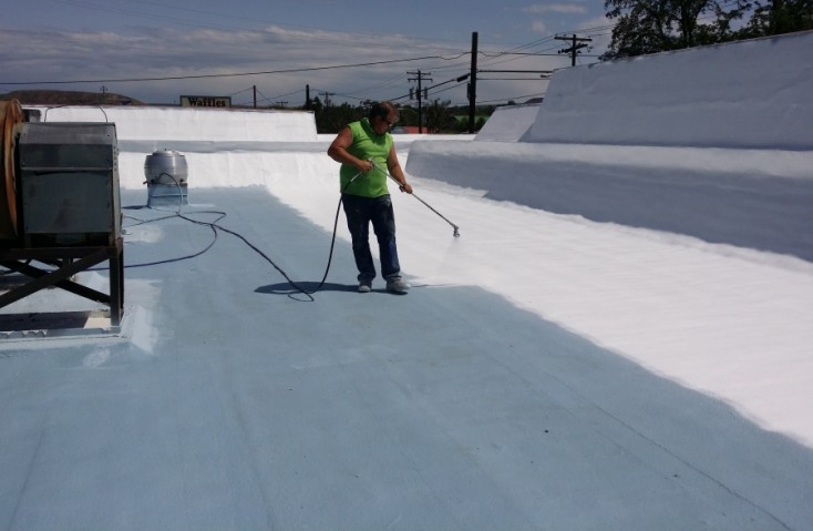 roof coating contractor